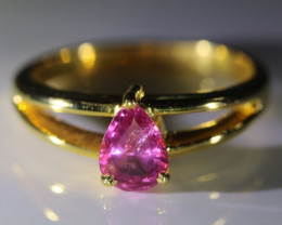 Pink Sapphire 1.04ct Solid 18K Yellow Gold Ring