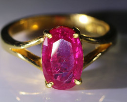 Jegdalek Ruby 3.13ct Solid 22K Yellow Gold Solitaire Ring