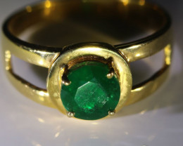 Emerald 1.30ct Solid 21K Yellow Gold Ring