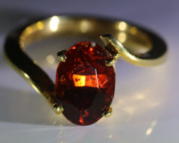 Malaya Garnet 4.27ct Solid 18K Yellow Gold Ring