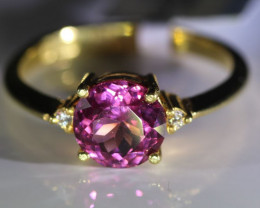 Mahenge Spinel 1.66ct Diamonds Solid 22K Yellow Gold Multistone Ring