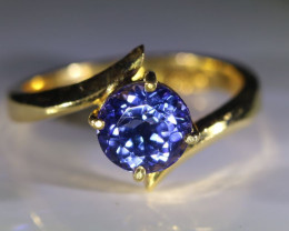 Tanzanite 1.67ct Solid 22K Yellow Gold Ring