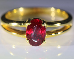 Winza Ruby 1.42ct Solid 18K Yellow Gold Ring