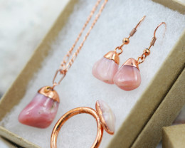 Rose Peru Opal Jewelry set $99 for $10.00 - Ring Size X -