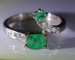 Emerald 1.02ct Solid 925 Sterling Silver Multistone Ring