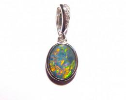 Pretty Australian Doublet Opal and Sterling Silver Pendant (z3389)
