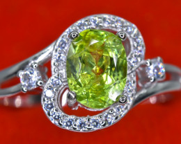 15.80 Crt Natural Peridot With Cubic Zircon 925 Sterling Silver Ring AB (01