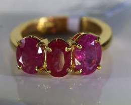 Tajik Ruby 3.85ct Solid 22K Yellow Gold Multistone Ring