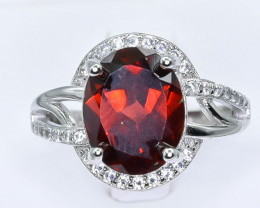 20.21 Crt Natural Garnet With Cubic Zirconia 925 Silver Ring