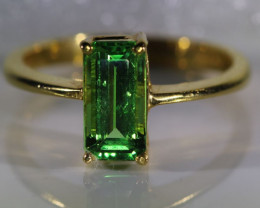 Tsavorite Garnet 1.80ct Solid 22K Yellow Gold Ring