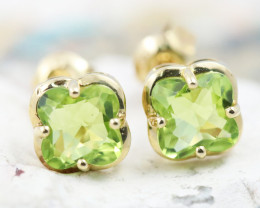14 KW Gold Peridot Earrings - E3991 - G19
