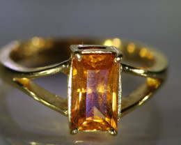 Mandarin Spessartine 3.21ct Solid 22K Yellow Gold Ring