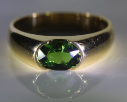 Chrome Tourmaline 1.00ct Solid 18K Yellow Gold Ring
