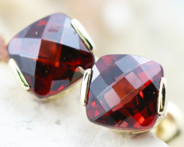 14 K Yellow Gold Garnet Earrings E2420 - G9