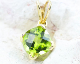 14 K Yellow Gold Peridot Pendant  P4716 - G37