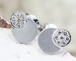 18K White Gold Diamond Earrings - H65 - E11263