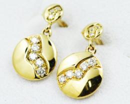 18K Yellow Gold Diamond Earrings - H84 - E11572