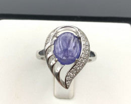 Luxury Natural Tanzanite ring with White CZ in  Silver 925.