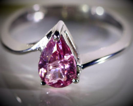 Tajik Spinel 1.04ct Solid 18K White Gold Ring