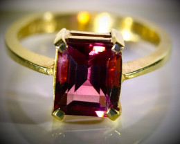 Rubellite 3.54ct Solid 22K Yellow Gold Ring