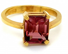 Rubellite 3.52ct Solid 22K Yellow Gold Ring