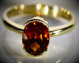 Spessartine Garnet 2.49ct Solid 18K Yellow Gold Ring