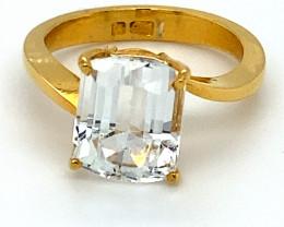 Goshenite 4.05ct Solid 22K Yellow Gold Ring