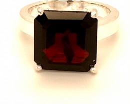 Pyrope Garnet 7.46ct Platinum Finish Solid 925 Sterling Silver Ring
