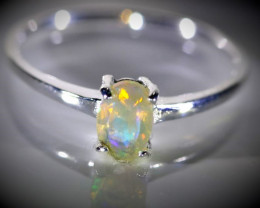 Welo Opal .38ct Platinum Finish Solid 925 Sterling Silver Ring