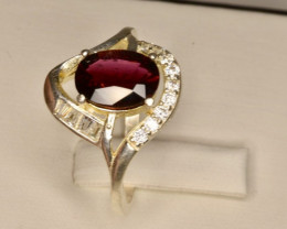 4 carats Natural Rubellite And zircon Ring