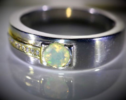 Welo Opal .35ct Golden Rhodium Finish Solid 925 Sterling Silver Ring