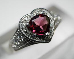 92.5 Solid Silver Rhodolite Garnet Ring With Cz 10.65 Cts