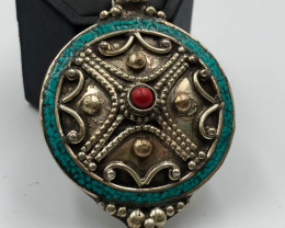 136 Crt Nepali Turquoise Pendent Brass Material