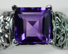 92.5 Beautiful Amethyst With Solid Silver 27.50 Crt