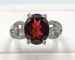 20.30 Crt Natural Garnet With Cubic Zirconia 925 Silver Ring