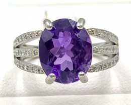 19.25 Crt Natural Amethyst With Cubic Zirconia 925 Silver Ring