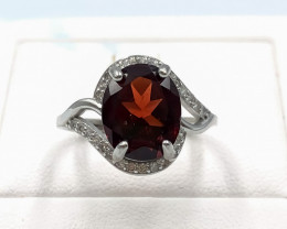 15.80 Crt Natural Garnet With Cubic Zirconia 925 Silver Ring
