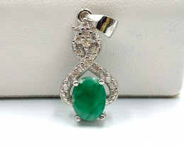 14.80 Crt Natural Emerald wi th Cubic Zircon 925 Silver Pendant