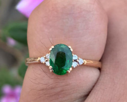 18k Gold Natural Tsavorite with diamonds Ring.