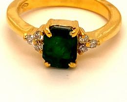 Emerald 1.60ct Natural Diamonds Solid 18K Yellow Gold Multistone Ring