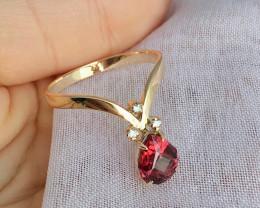 14K Yellow Gold Authentic Mahenge Garnet Diamond Engagement Ring