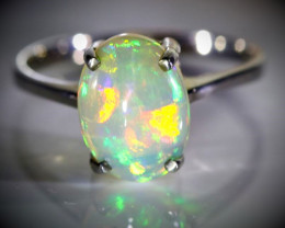 Welo Opal 2.48ct Platinum Finish Solid 925 Sterling Silver Ring