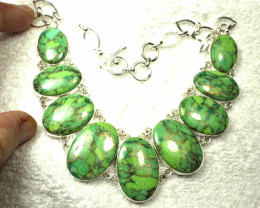 478.5 Tcw. Vibrant Green Turquoise, Silver Necklace - Gorgeous
