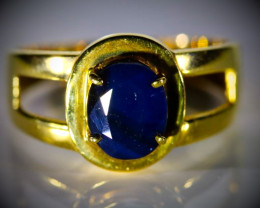 Royal Blue Sapphire 2.06ct Solid 21K Yellow Gold Ring