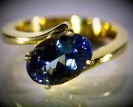 Tanzanite 3.10ct Solid 18K Yellow Gold Ring