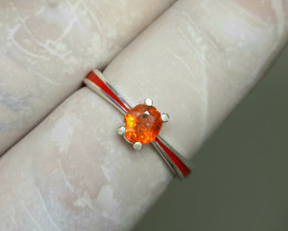 12 carat very rare orange clinohumite 925 Silver Ring, 5x4x3mm.