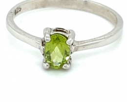 Peridot .40ct Platinum Finish Solid 925 Sterling Silver Ring