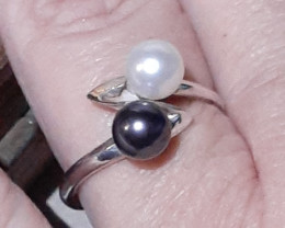 cultured pearl sterling silver ring