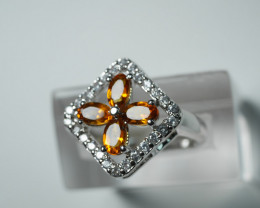 NATURAL DARK YELLOW CITRINE 92.5 SILVER RING (7.25 US)
