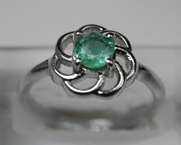 NATURAL EMERALD ROUND SHAPE 92.5 SOLID SILVER RING SIZE ( 6.50 US )
